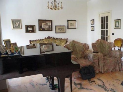 Casa indipendente in vendita a Cosenza