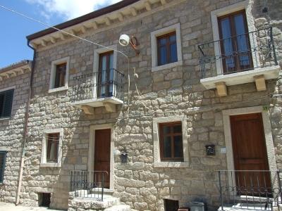 Palazzo/Palazzina/Stabile in vendita a Tempio Pausania