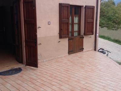 Rustico/Casale/Masseria in affitto a Fabriano