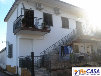 Palazzo/Palazzina/Stabile in vendita a Pontecagnano Faiano