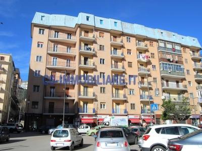 Palazzo/Palazzina/Stabile in affitto a Potenza
