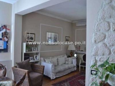 Palazzo/Palazzina/Stabile in vendita a Prato