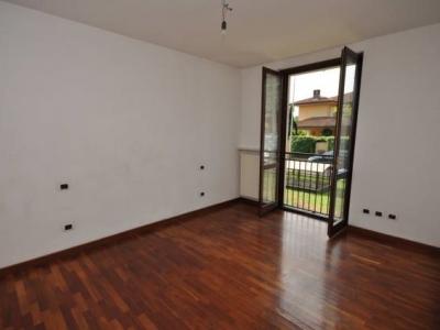 Casa indipendente in vendita a Pavia