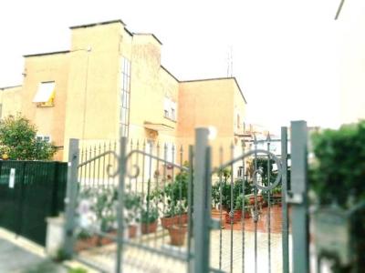 Rustico/Casale/Masseria in vendita a Latina