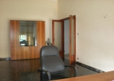 Ufficio / Studio in affitto a Frosinone, 4 locali, zona Località: Frosinone - Centro, prezzo € 1.680 | CambioCasa.it