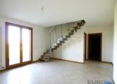 Appartamento in vendita a Preganziol, 10 locali, zona Zona: Sambughè, prezzo € 220.000   CambioCasa.it