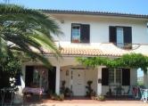 Villa in vendita a Loreto Aprutino, 4 locali, prezzo € 300.000 | CambioCasa.it