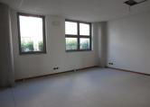 Ufficio / Studio in affitto a Este, 9999 locali, prezzo € 550   CambioCasa.it