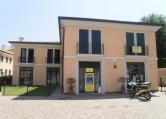 Appartamento in affitto a Legnaro, 4 locali, prezzo € 175 | CambioCasa.it