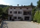 Rustico / Casale in vendita a Montebello Vicentino, 5 locali, zona Zona: Agugliana, Trattative riservate | CambioCasa.it