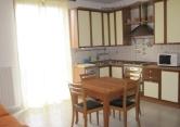 Appartamento in affitto a Albavilla, 2 locali, zona Località: Albavilla - Centro, prezzo € 500 | Cambio Casa.it