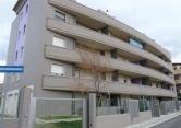 Appartamento in vendita a Montesilvano, 4 locali, zona Località: Montesilvano - Centro, prezzo € 200.000 | CambioCasa.it