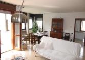 Appartamento in vendita a Cavezzo, 5 locali, zona Località: Cavezzo - Centro, prezzo € 255.000 | Cambio Casa.it