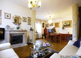 Villa in vendita a Mogliano Veneto, 15 locali, zona Località: Mogliano Veneto, prezzo € 445.000 | Cambio Casa.it