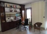 Ufficio / Studio in affitto a Silvi, 9999 locali, zona Zona: Silvi Marina, prezzo € 450 | CambioCasa.it