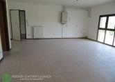 Ufficio / Studio in affitto a Abano Terme, 3 locali, zona Località: Abano Terme, prezzo € 450 | Cambio Casa.it
