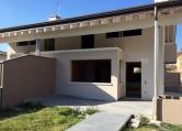 Villa Bifamiliare in vendita a Castello di Godego, 10 locali, Trattative riservate | Cambio Casa.it