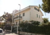 Appartamento in vendita a Pescara, 6 locali, zona Zona: Porta Nuova, prezzo € 200.000 | Cambio Casa.it