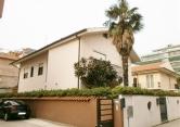 Villa in vendita a Montesilvano, 8 locali, zona Località: Montesilvano Spiaggia, prezzo € 420.000 | Cambio Casa.it