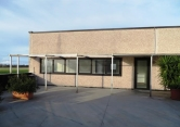 Ufficio / Studio in vendita a Falconara Marittima, 6 locali, zona Zona: Zona industriale, prezzo € 99.000 | CambioCasa.it