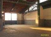 Capannone in affitto a Solaro, 9999 locali, prezzo € 1.000 | Cambio Casa.it