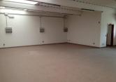 Laboratorio in affitto a Vigonza, 4 locali, zona Zona: Peraga, prezzo € 2.000   Cambio Casa.it