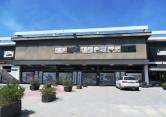 Negozio / Locale in vendita a Appignano, 4 locali, zona Località: Appignano - Centro, prezzo € 1.599.000 | Cambio Casa.it