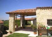 Rustico / Casale in vendita a Cazzano di Tramigna, 8 locali, zona Zona: Campiano, prezzo € 340.000 | CambioCasa.it