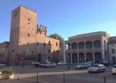 Ufficio / Studio in vendita a Lendinara, 4 locali, zona Località: Lendinara - Centro, prezzo € 187.000 | CambioCasa.it