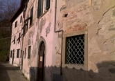 Appartamento in vendita a Loro Ciuffenna, 3 locali, zona Zona: Centro, prezzo € 80.000   Cambio Casa.it