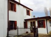 Villa Bifamiliare in vendita a Piacenza d'Adige, 4 locali, zona Località: Piacenza d'Adige - Centro, prezzo € 49.000 | Cambio Casa.it