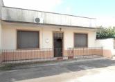 Villa in vendita a Racale, 4 locali, zona Località: Racale, prezzo € 67.000 | Cambio Casa.it