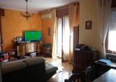 Appartamento in vendita a Valeggio sul Mincio, 4 locali, prezzo € 130.000   Cambio Casa.it