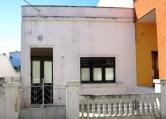 Villa in vendita a Racale, 4 locali, zona Località: Racale, prezzo € 65.000 | Cambio Casa.it