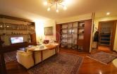 Appartamento in vendita a Vicenza, 5 locali, zona Località: Viale Trento, prezzo € 300.000 | Cambio Casa.it