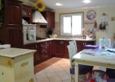 Villa in vendita a Palombara Sabina, 2 locali, zona Zona: Stazzano, prezzo € 115.000 | CambioCasa.it