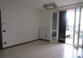 Appartamento in vendita a Ceriano Laghetto, 3 locali, zona Località: Ceriano Laghetto - Centro, prezzo € 154.000 | Cambio Casa.it