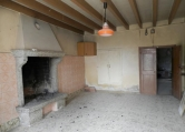 Villa a Schiera in vendita a Brogliano, 7 locali, zona Zona: Quargnenta, prezzo € 60.000 | CambioCasa.it