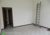 Magazzino in affitto a Abano Terme, 9999 locali, prezzo € 350 | Cambio Casa.it
