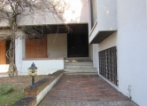 Villa in vendita a Rovigo, 10 locali, zona Zona: Commenda est, Trattative riservate | CambioCasa.it