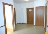 Ufficio / Studio in affitto a Bassano del Grappa, 5 locali, zona Località: Bassano del Grappa - Centro, prezzo € 650   CambioCasa.it