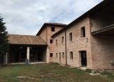 Rustico / Casale in vendita a Rosà, 5 locali, Trattative riservate | CambioCasa.it