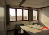 Ufficio / Studio in affitto a Ponte San Nicolò, 9999 locali, zona Zona: Roncaglia, prezzo € 520 | Cambio Casa.it