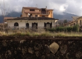 Villa in vendita a Balsorano, 2 locali, zona Località: Balsorano - Centro, prezzo € 155.000 | Cambio Casa.it
