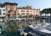 Appartamento in vendita a Desenzano del Garda, 3 locali, zona Zona: Rivoltella del Garda, prezzo € 130.000 | Cambio Casa.it