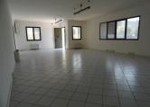 Ufficio / Studio in affitto a Torreglia, 9999 locali, prezzo € 580 | CambioCasa.it