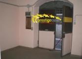 Magazzino in affitto a Tivoli, 9999 locali, zona Località: Tivoli - Centro, prezzo € 500 | Cambio Casa.it