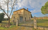 Villa in vendita a Montepulciano, 9 locali, zona Località: Abbadia, prezzo € 205.000 | Cambio Casa.it