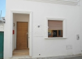 Villa in vendita a Racale, 3 locali, zona Località: Racale, prezzo € 68.000 | Cambio Casa.it