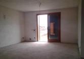 Appartamento in vendita a Desenzano del Garda, 3 locali, zona Zona: San Martino della Battaglia, prezzo € 170.000 | Cambio Casa.it